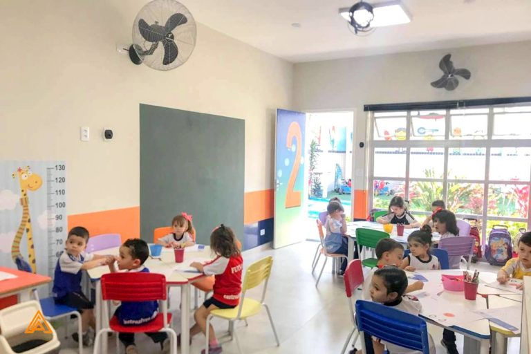 Sala do ensino infantil no Colégio Castro Alves